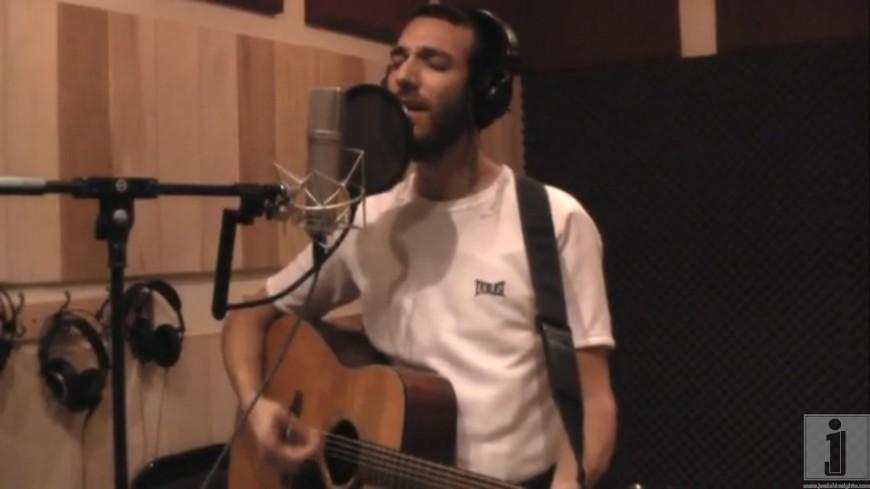 """Beri Weber in Studio Sings """"Aheim"""" in the studio"""