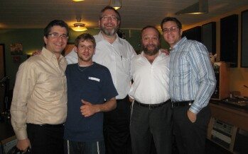 Nachum Segal Presents Yehuda Green's Yearning and Live Music on JM in the AM