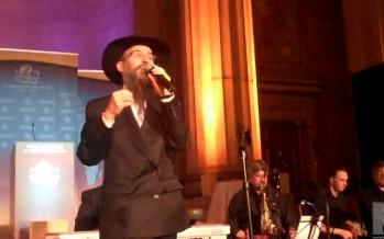 Avraham Fried sings in D.C.