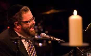 Nachum Hosts Yossi Green Live at JM in the AM