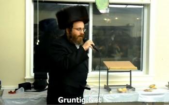 """Hasidic Performer Issiac Honig Sings """"A Yiddele A Yiddele"""""""