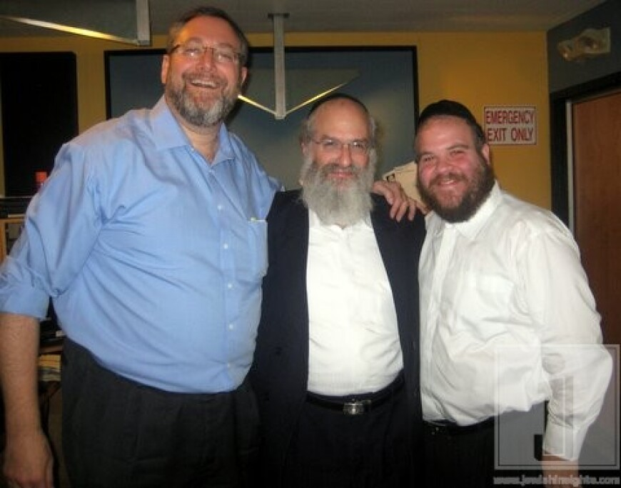 Nachum Segal Hosts Mendy Werdyger and Gershy Moskowitz Live at JM in the AM to Debut 'Tomid B'Chol Yom'