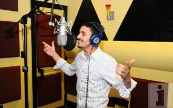 Hit Single 'Romemu' by A Jewish Star Binyomin Moshe Released!