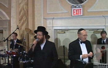 Shloime Daskal Sings Conducted by Yisroel Lamm