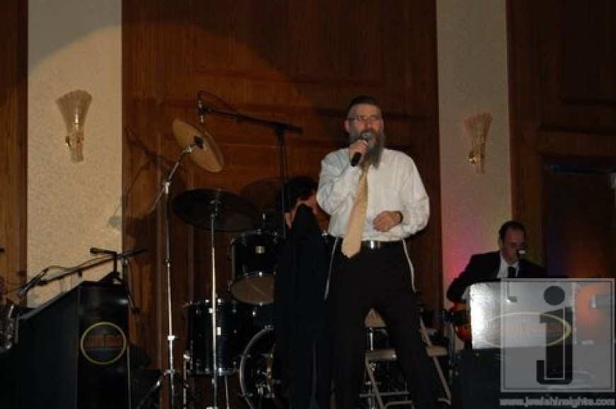 Photos & Videos of Avraham Fried & Dovid Gabay at Gateways Pesach Concert