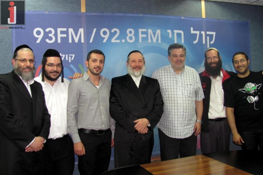 Can I Burn? Special Panel With Rabbis & Artists of ACUM – Radio Kol Chai with Yossi Eisenthal – Full Interview + Photos + Video!