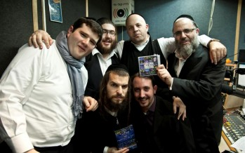 Moishe Roth & Shalom Vagshal Join Menachem Toker on Motzai Shabbat Live To Talk About Kumzing 2