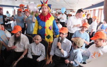 Memorable Misameach Cruise Attracts Hundreds