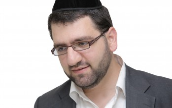 """Singer & Composer Gil Yisraelov Official Music Video """"Boee B'shalom"""""""