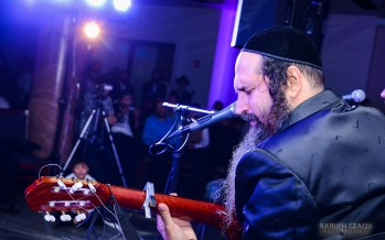 Yosef Karduner Sings in Crown Heights [Photos + Video]
