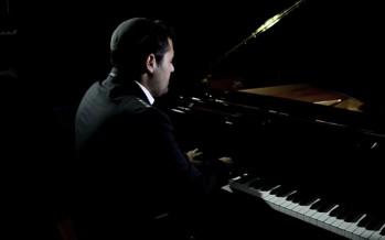 """Tzama Lecha Nafshi"" Gad Elbaz  [Music Video] ״צמאה לך נפשי״ גד אלבז"