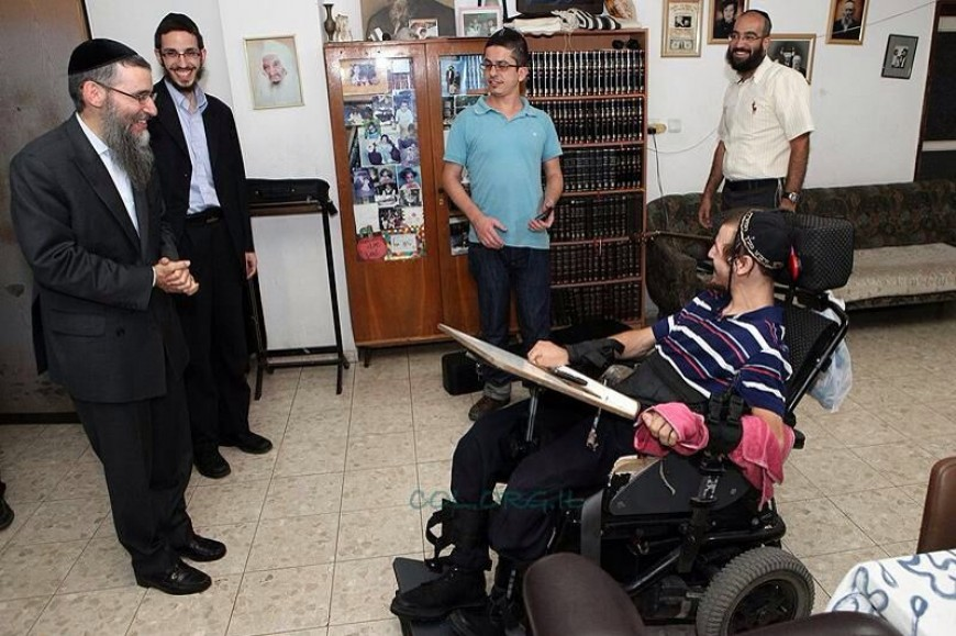 Exciting visit From Avraham Fried & Friends Bring Joy To Daniel Mizrachi
