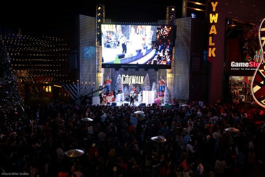"Universal Studios President  joins Chabad of the Valley's Chanukah at CityWalk calling it amongst ""the largest Chanukah events in the world""."