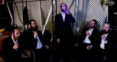 """Menchem Moskowitz & Yedidim Choir Perfrom """"Ve'afilu Behastorta"""""""