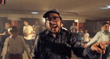 Kaf Al Kaf: Lipa Schmeltzer & The Kinderlach In A New Music Video