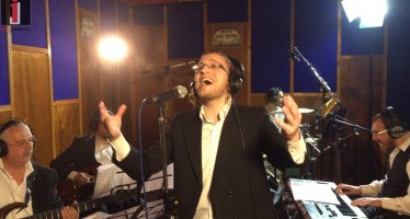 "Ruvi Banet, Dovid Taub His Band ""Hamelech"" [Music Video]"