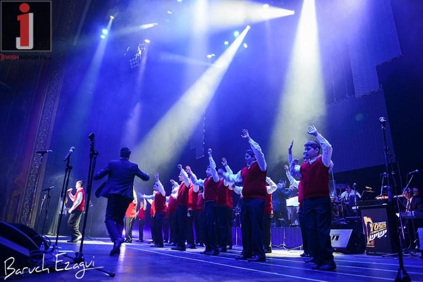 Yaakov Shwekey & Yeshiva Boys Choir [Photo Gallery]