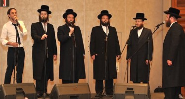 Amiran Dvir & The Viznitz Choir Acapella Medley