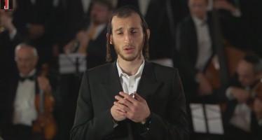 Avinu Malkeinu – Shira Choir ft. Shulem Lemmer