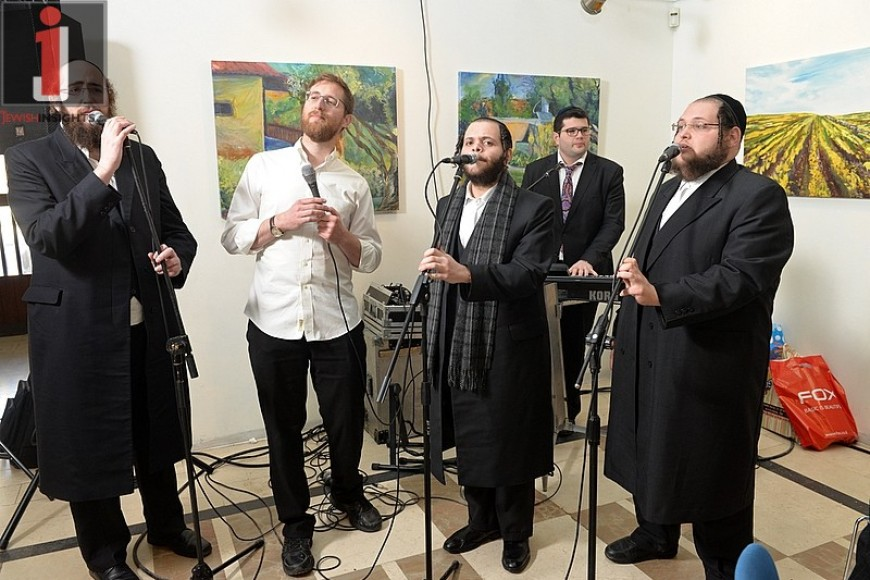 "Yitzchak Meir & Zanvil Weinberger In A Duet ""Hishbati"""
