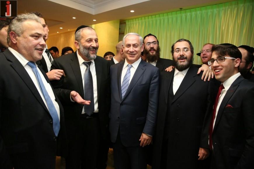 ISRAELI PRIME MINISTER SALUTES CHASSIDIC MUSIC