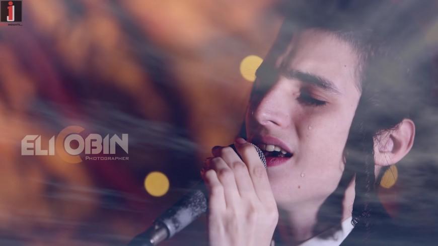 """Motty Steinmetz Sing """"Shofchim Leiv Ka'Mayim"""" By Chaim Banet"""