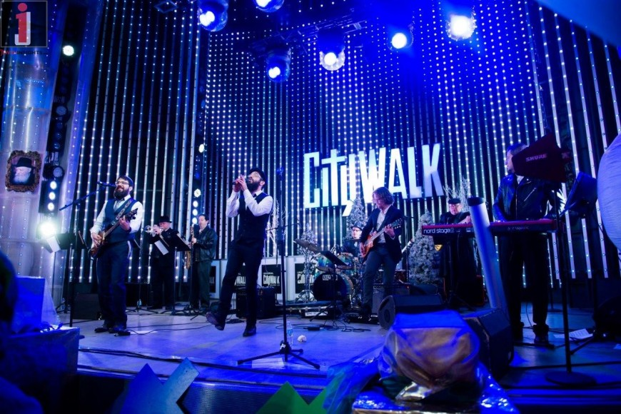 Chanukah lights up Universal Studios CityWalk
