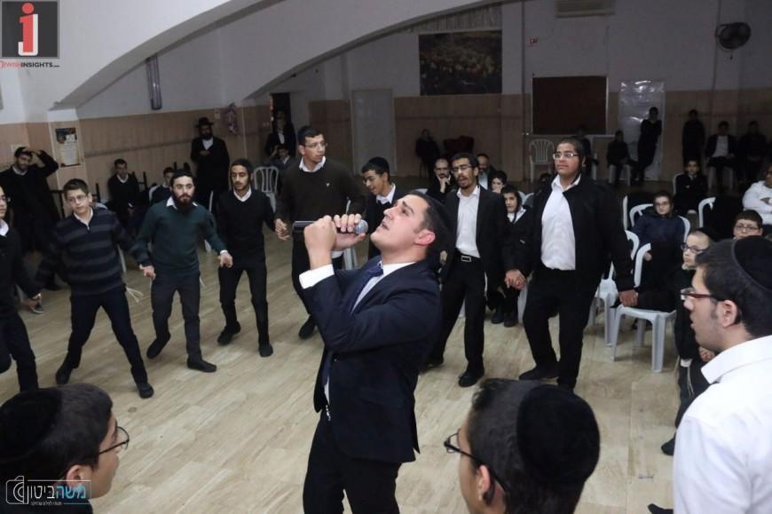Shimon Tubul & Orchestra Entertain Tzfat