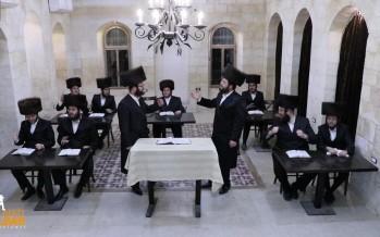 """""""Noch Ayn Shabbos"""" Malchus Choir, Baruch Vizel, Motty Vizel"""