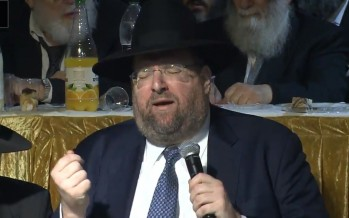 "R' Shlomo Yehuda Rechnitz With A New Song ""Mizmor L'soido"""