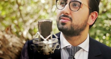 "Raphael Ben Performs A Heartwarming Rendition of ""Keshoshana"" Originally Sung By Avraham Fried"