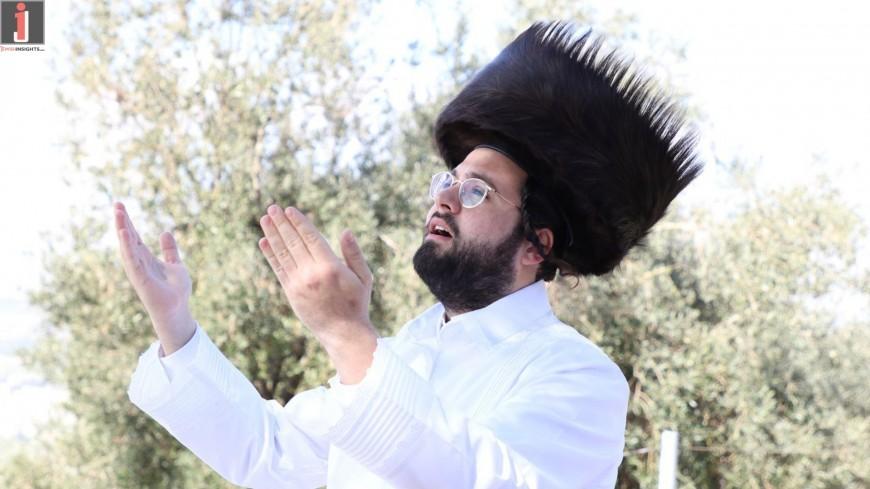 Legend of Passover:  The Seder – Kadeish Irchatz By Motty Vizel, The Malchus Choir & Hershey Segal!