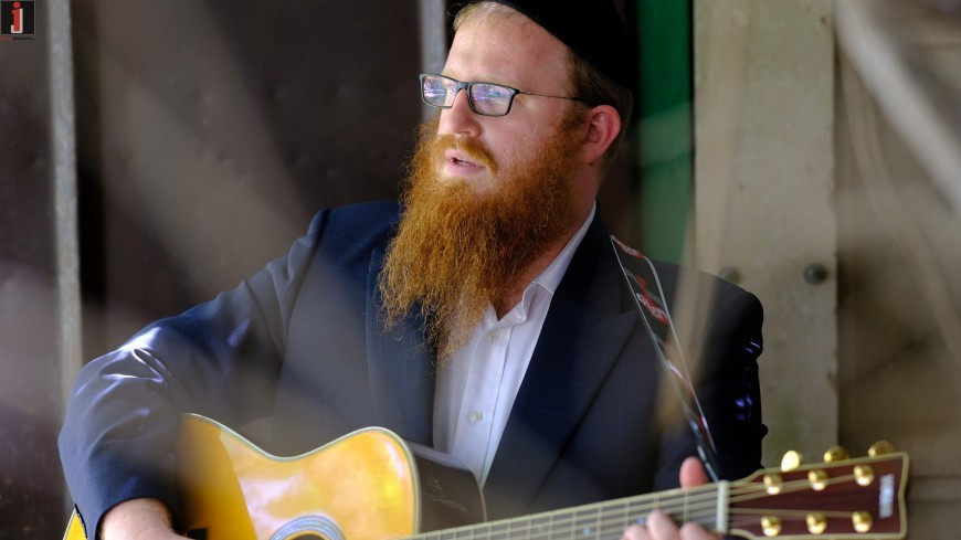 """Mordechai Roth Releases New Hit Single """"Olam Habah"""""""