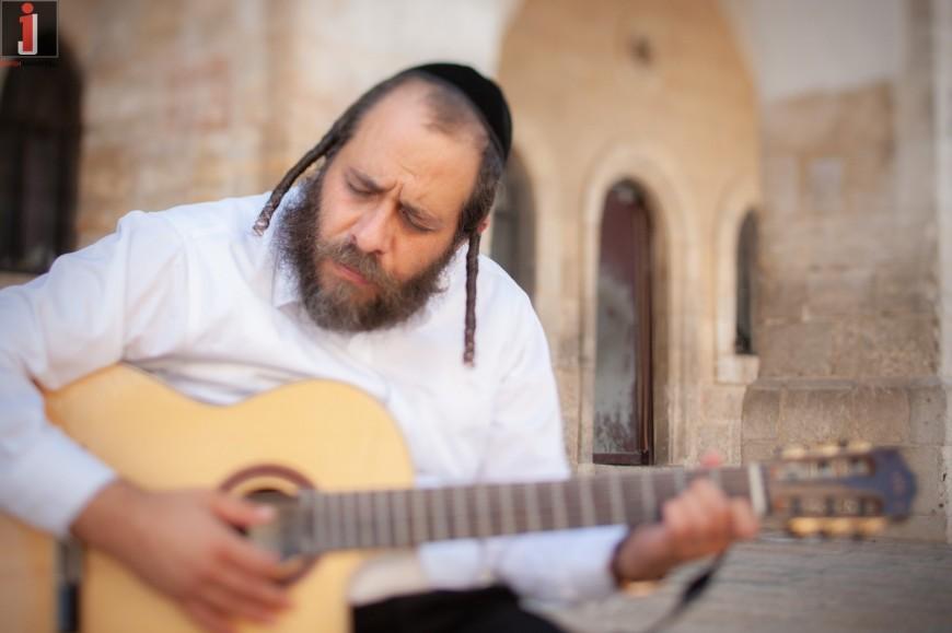 R' Mordechai Gottlieb – Va'Ani Tefilati [Official Music Video]