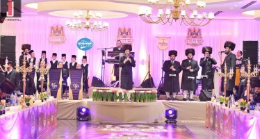 """Shira Medley"" With The Malchus Choir,Yoely Davidovitz & Chassidim'lech"