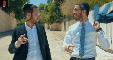 Simche Friedman & Ari Hill – Muchanim [Cover Video]