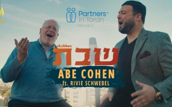 "Abe Cohen Featuring Rivie Schwebel – ""Shabbos"" [Official Music Video]"